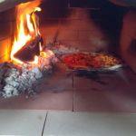 Oheň a pizza